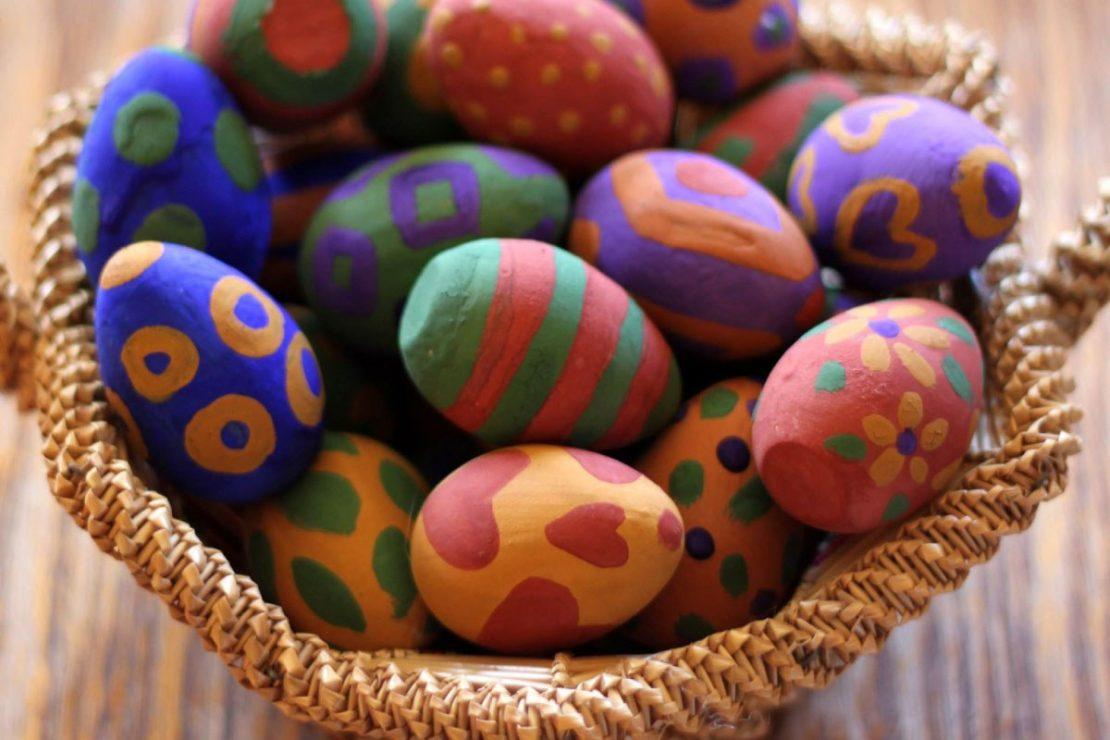 Natural Earth Wooden Egg Craft Kit