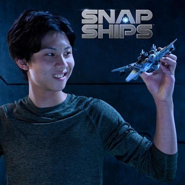 Snap Ships Battle Set Wasp K.L.A.W. Heavy Fighter + FALX SC-41 Escort