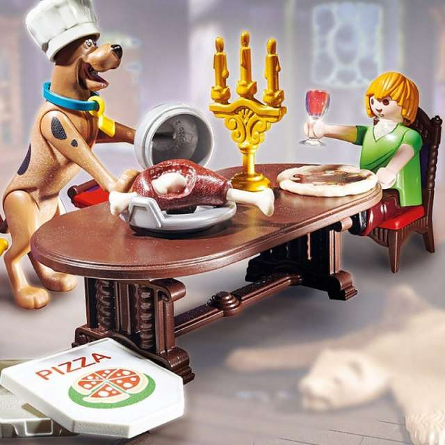 Scooby-Doo! Dinner With Shaggy from Playmobil