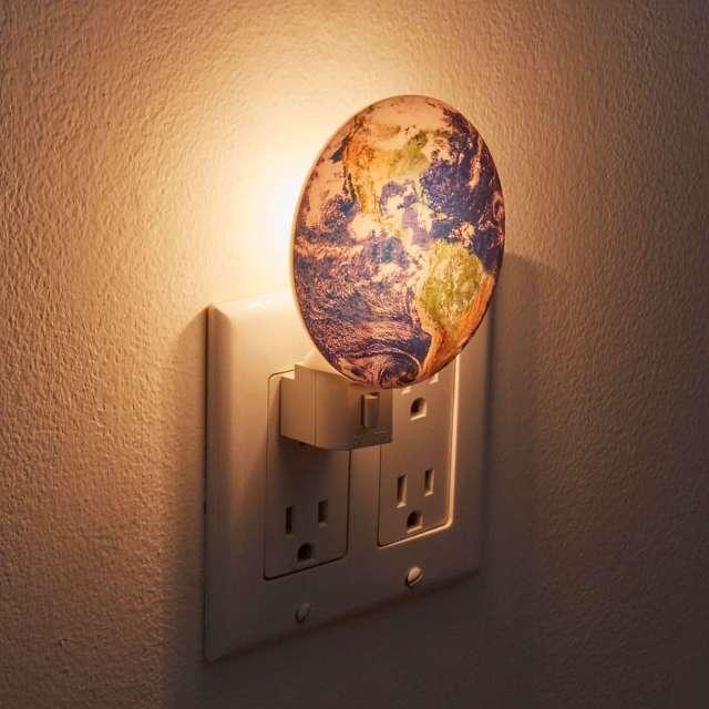 Kikkerland Night Light + Earth