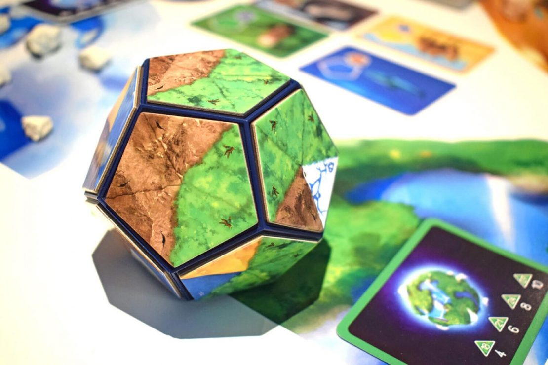 Planet Game from Blue Orange Games
