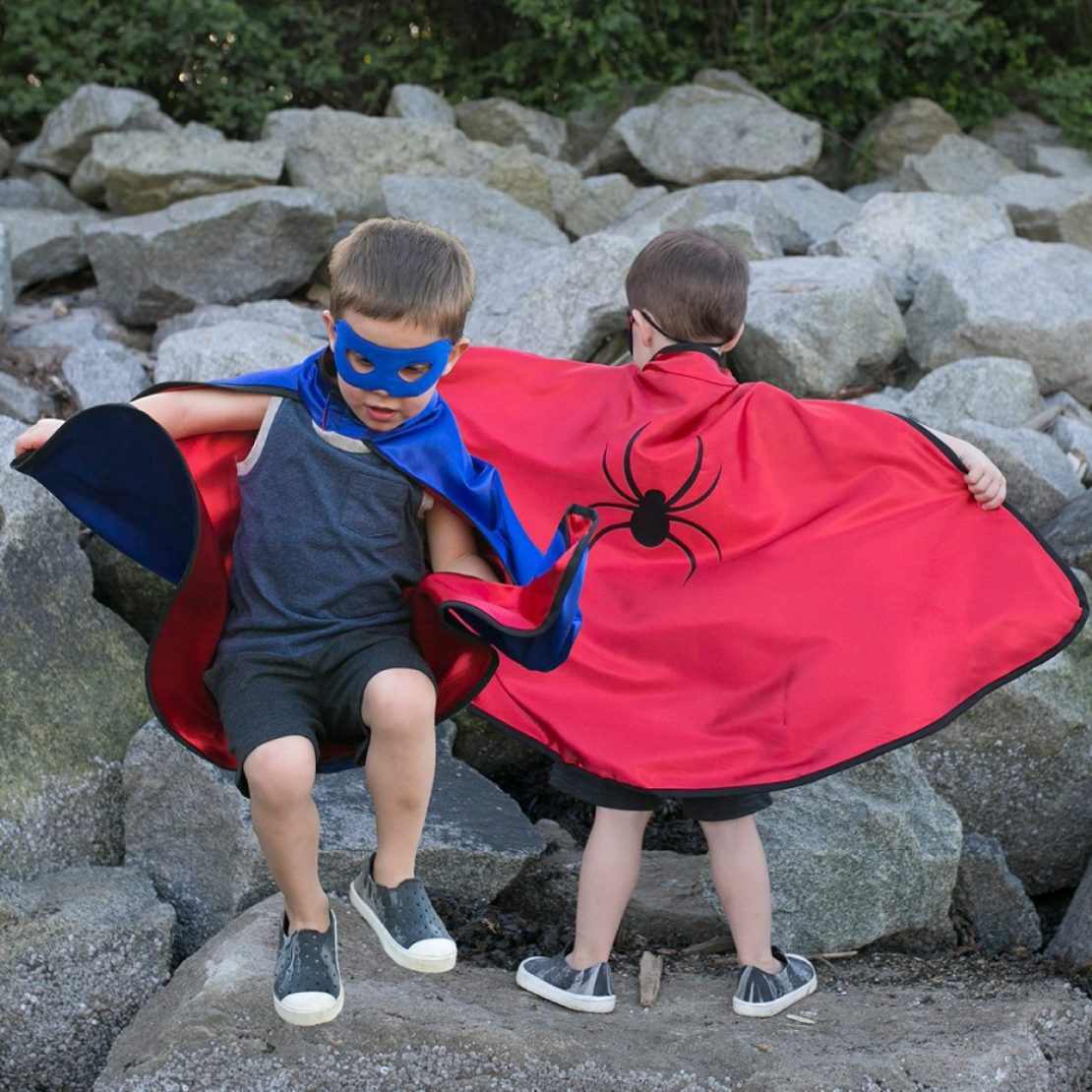 Great Pretenders Reversible Adventure Cape and Mask Set