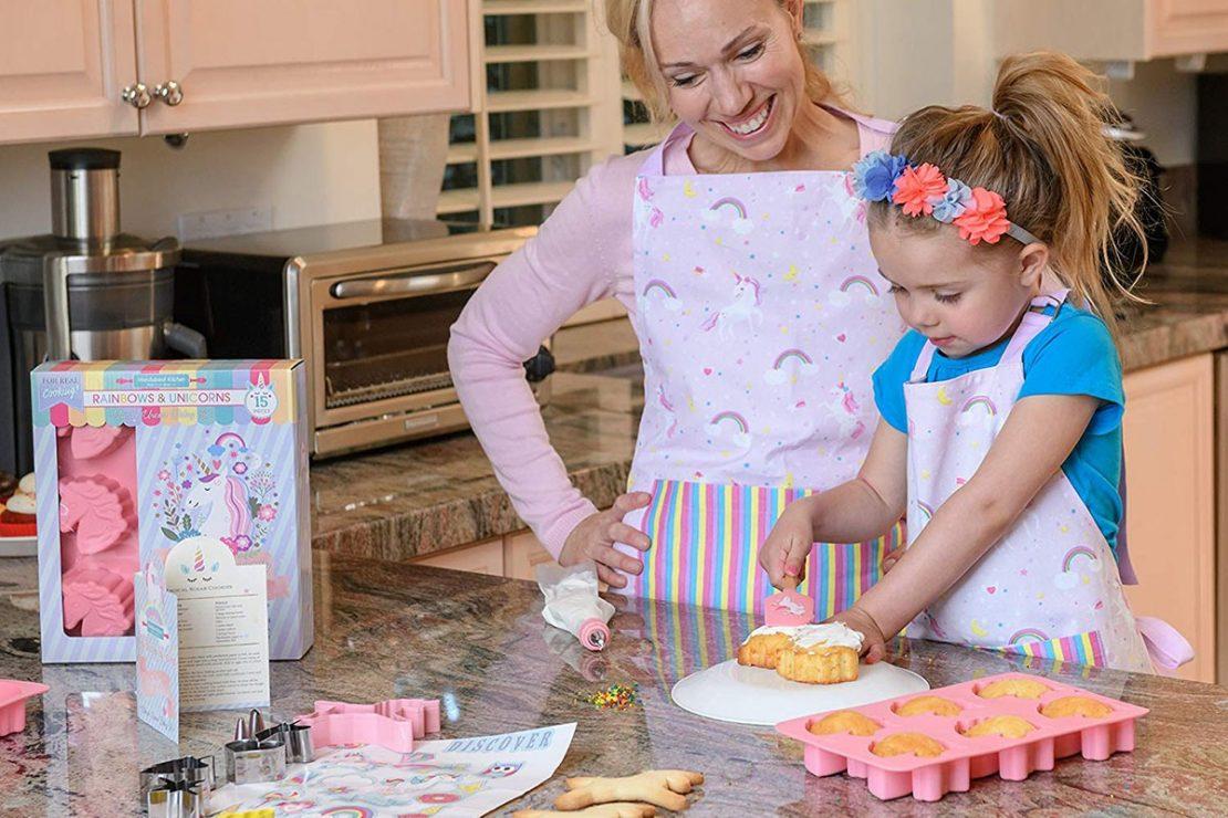 Handstand Kitchen Rainbow Unicorn Set