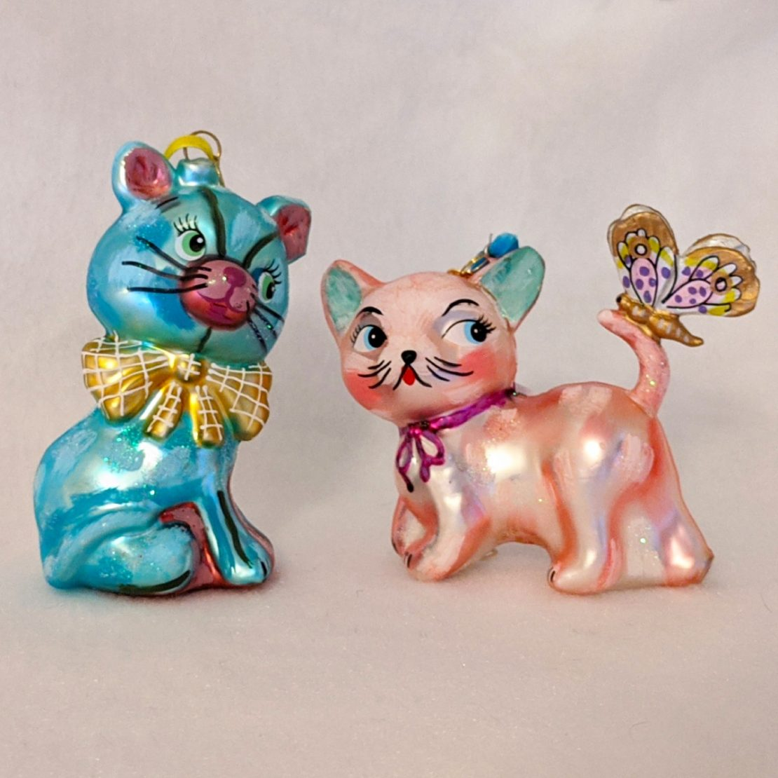 Retro-chic Cat Holiday Ornaments