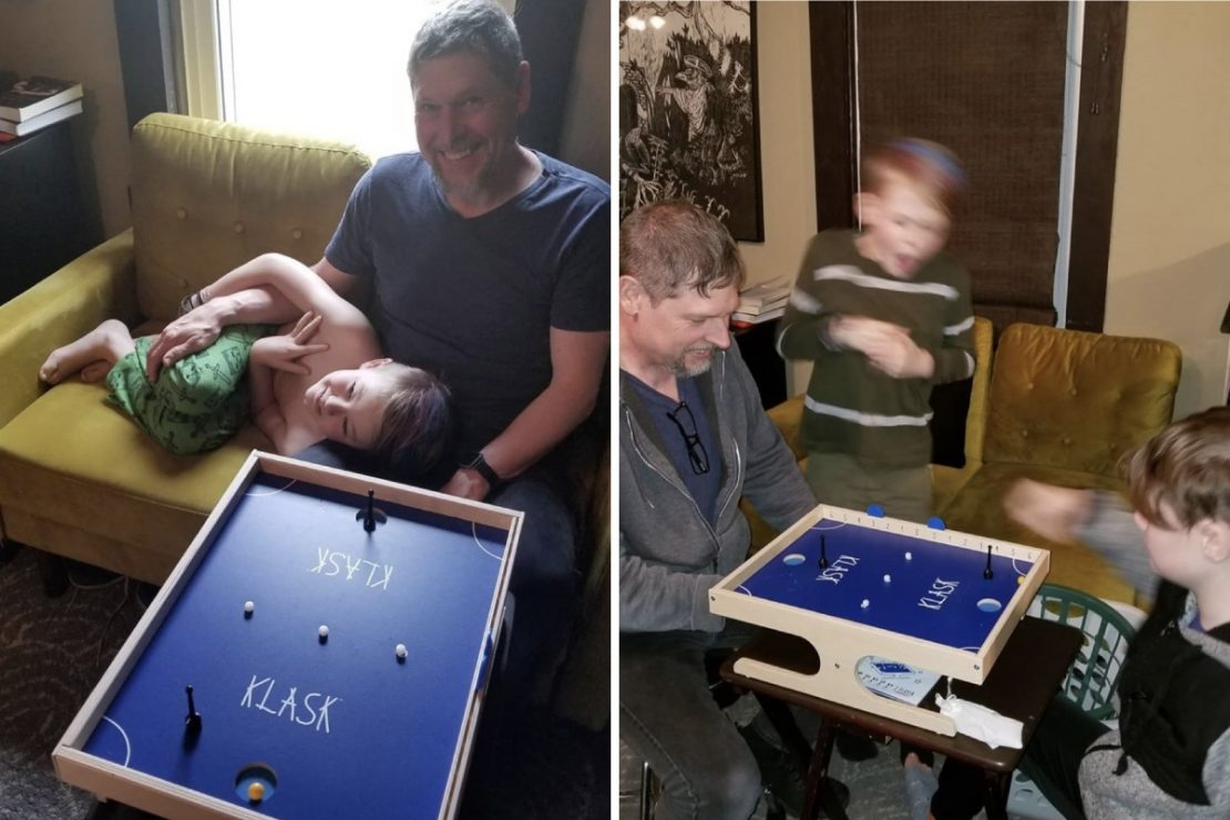 Toy Store Family playing Klask
