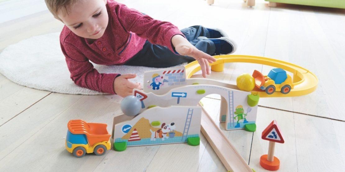 Kullerbu Construction Set with Boy