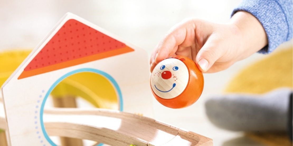 Kullerbu Smiling Wooden Ball
