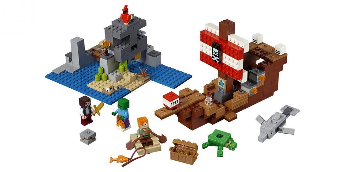 LEGO Minecraft Pirate Ship Adventure