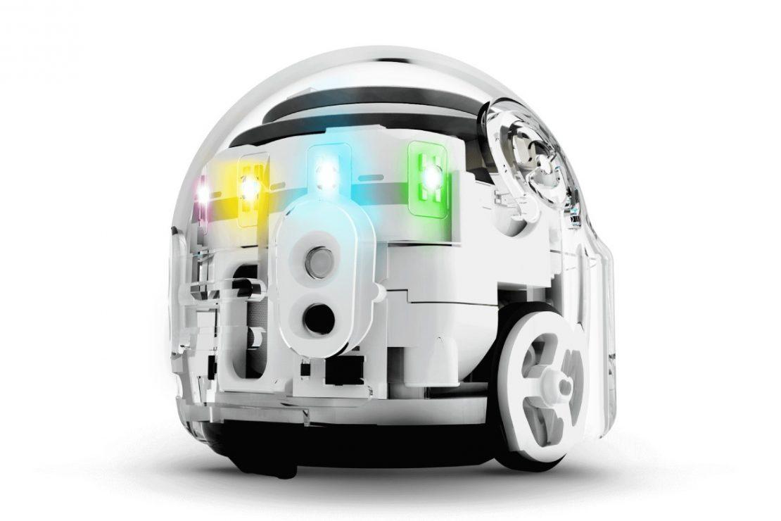 OzoBot Evo in Crystal White