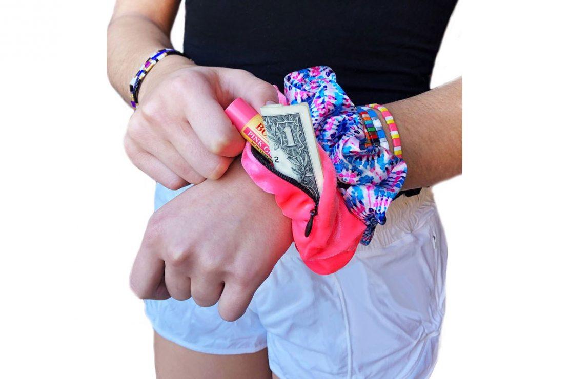 Mavi Bands Pocket Scrunchie