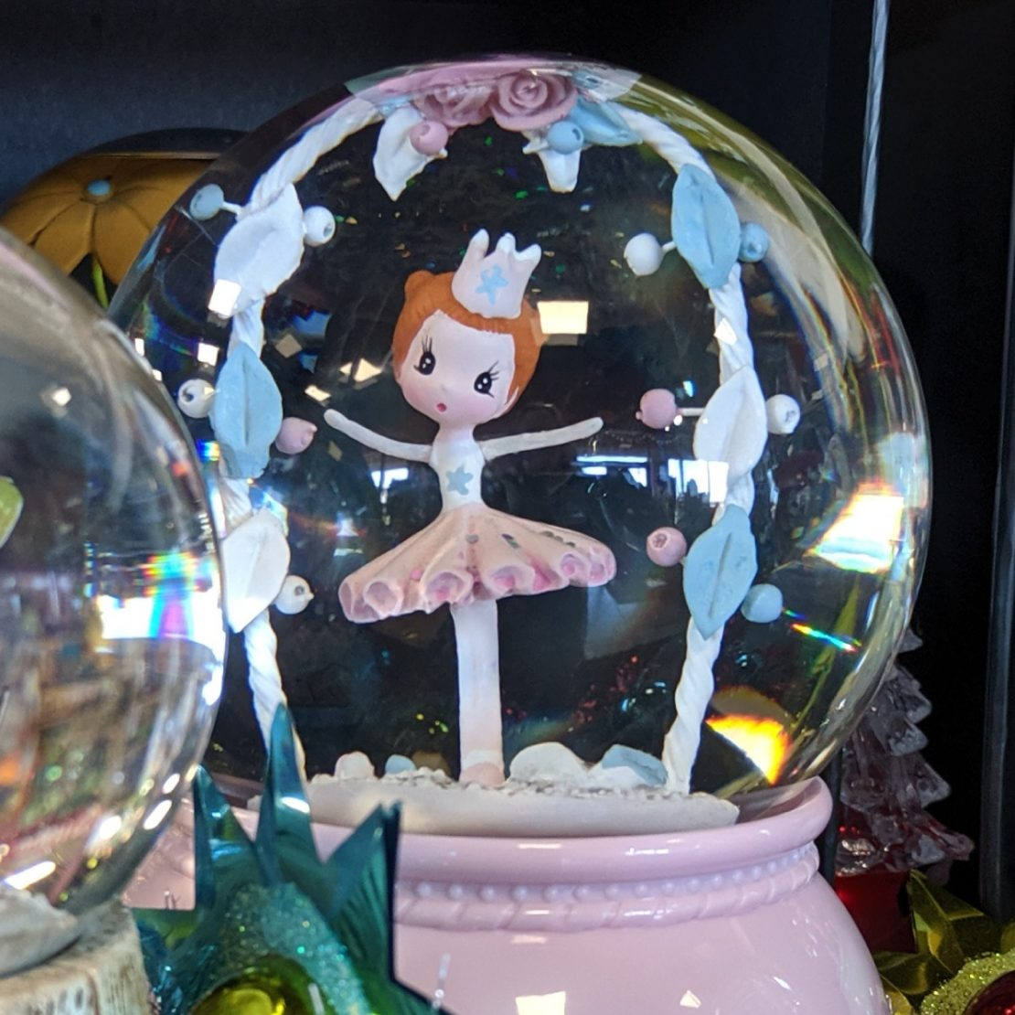 Little Big Room Ballet Dancer Snow Globe