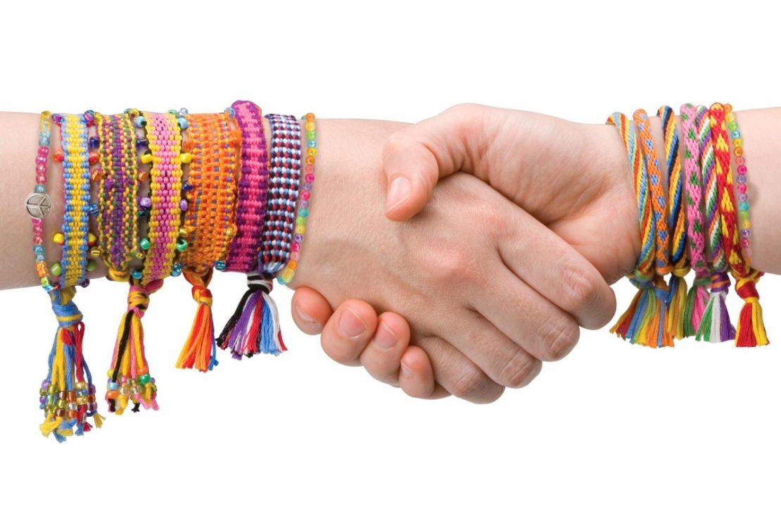 Ultimate Friendship Bracelet Party from Alex DIY